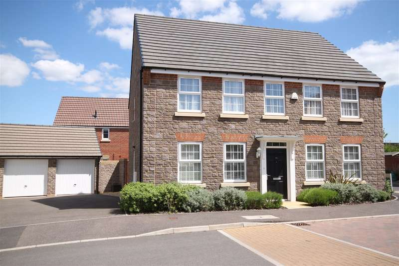 4 Bedrooms Property for sale in Cambridge Way, Cullompton