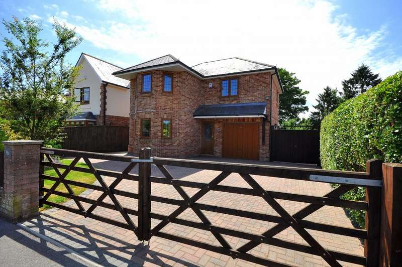 4 Bedrooms Detached House for sale in Parsonage Barn Lane, Ringwood, BH24 1PZ