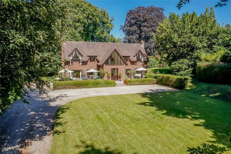 5 Bedrooms Detached House for sale in Bere Close, Winchester, Hampshire