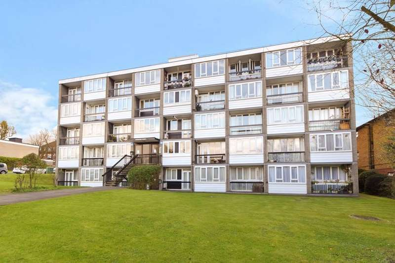 2 Bedrooms Apartment Flat for sale in Ashbourne Close, North Finchley,N12