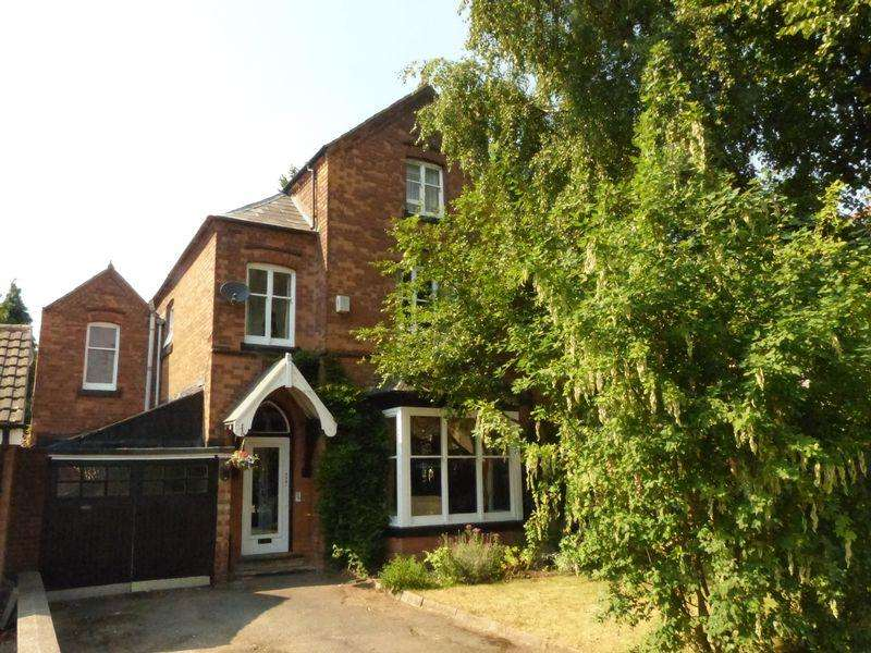 4 Bedrooms Semi Detached House for sale in Rollason Road, Birmingham