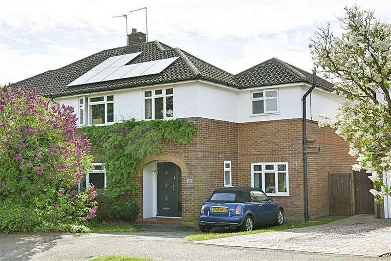 4 Bedrooms Semi Detached House for sale in Fordwich Rise, Hertford, SG14
