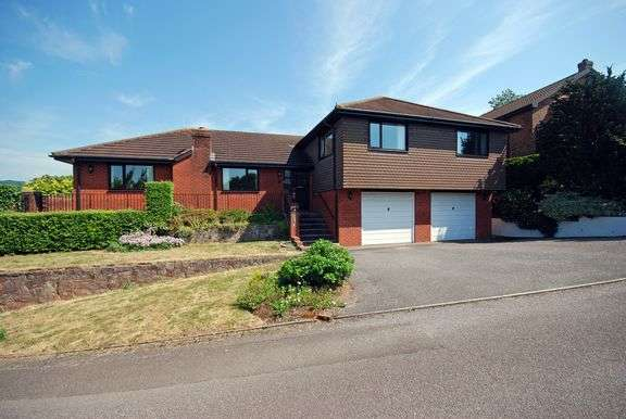 4 Bedrooms Detached Bungalow for sale in Clevedon Park, Sidmouth