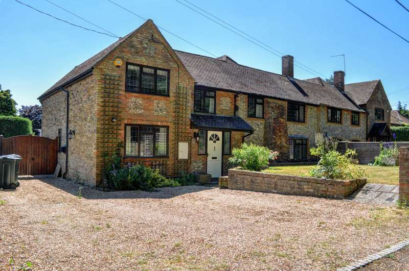 4 Bedrooms Cottage House for sale in Routs Green, Bledlow Ridge