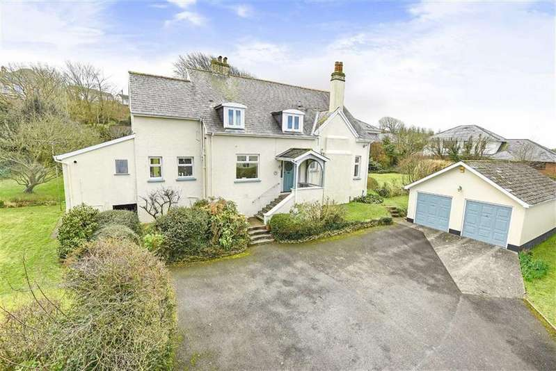 5 Bedrooms Detached House for sale in Hilltop Road, Bideford, Devon, EX39