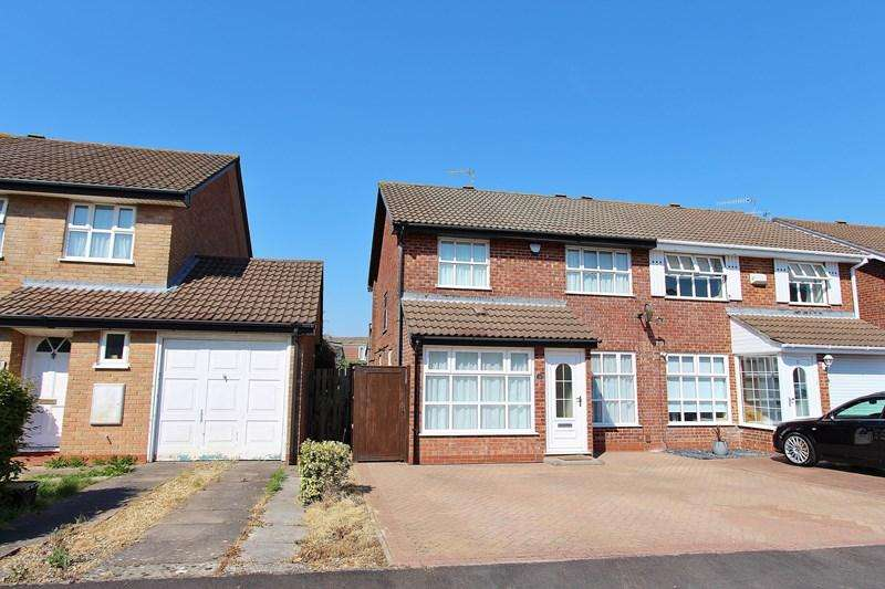 3 Bedrooms Semi Detached House for sale in Smythe Croft, Whitchurch, Bristol