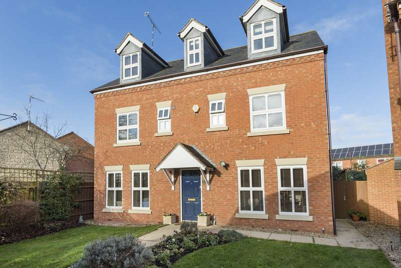 5 Bedrooms Detached House for sale in Parrish Close, Bishops Itchington CV47