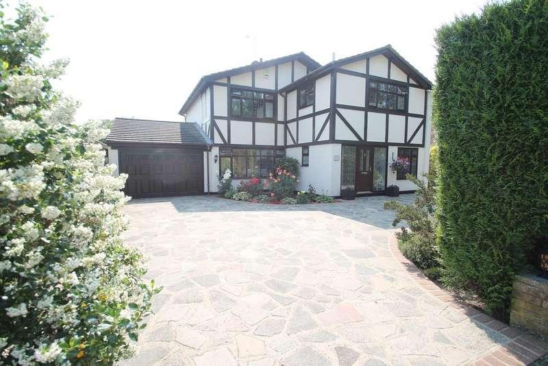 4 Bedrooms Detached House for sale in Woodlands Road, Hockley, Essex