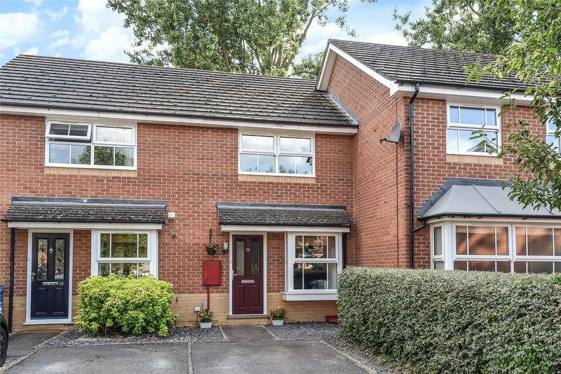 2 Bedrooms Terraced House for sale in Wallcroft Close, Temple Park, Binfield, Berkshire, RG42
