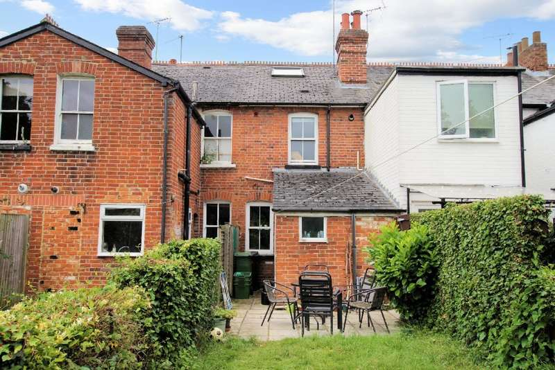 3 Bedrooms Terraced House for sale in Thames Avenue, Pangbourne, Reading, RG8