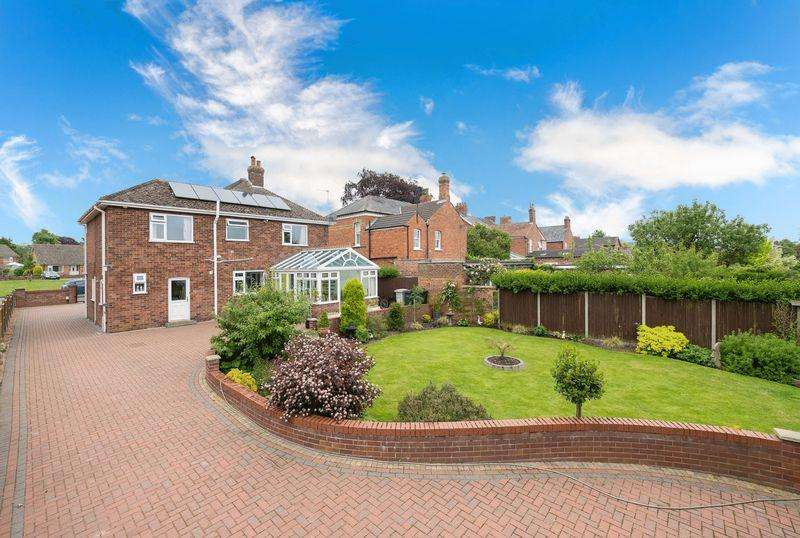4 Bedrooms Detached House for sale in Boston Road, Horncastle