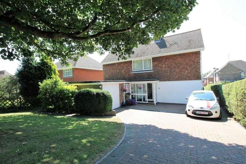 4 Bedrooms Detached House for sale in Babylon Way, Eastbourne, BN20 9DE