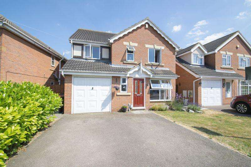 4 Bedrooms Detached House for sale in Smithcombe Close, Barton-Le-Clay