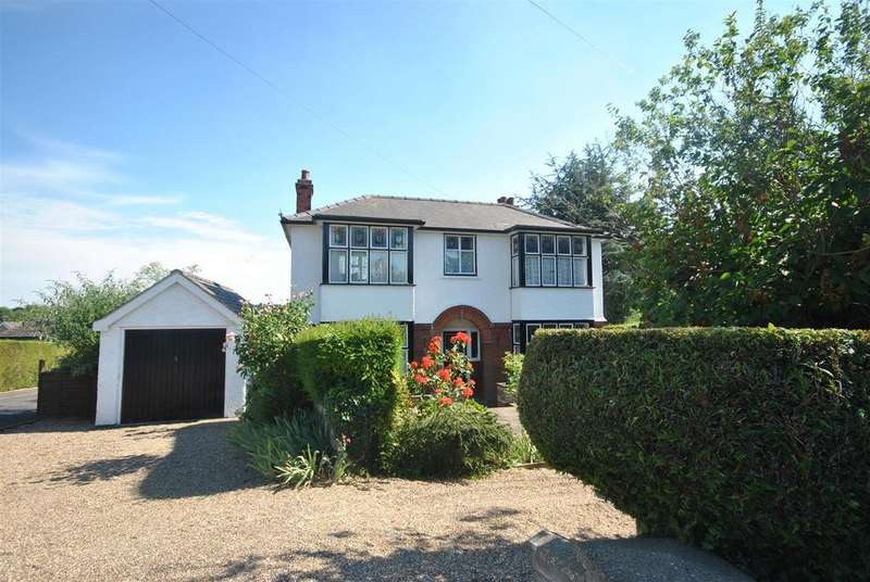 3 Bedrooms Detached House for sale in Hospital Road