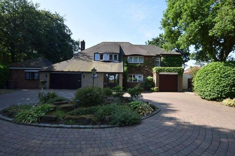 4 Bedrooms Detached House for sale in Heyes Mount, Rainhill, Prescot