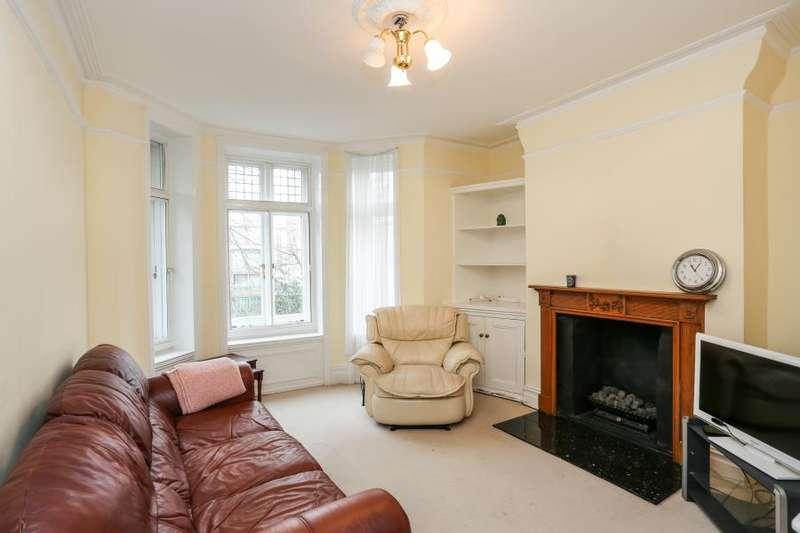 3 Bedrooms Apartment Flat for sale in Welbeck Court, Kensington W14