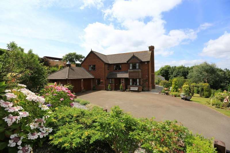 5 Bedrooms Detached House for sale in Staddiscombe, Plymouth