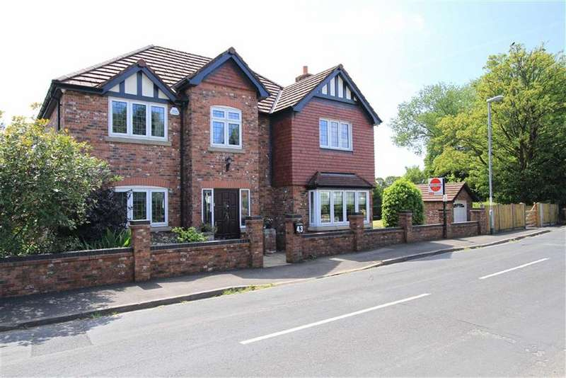 4 Bedrooms Detached House for sale in 43, Clay Lane, Norden, Rochdale, OL11