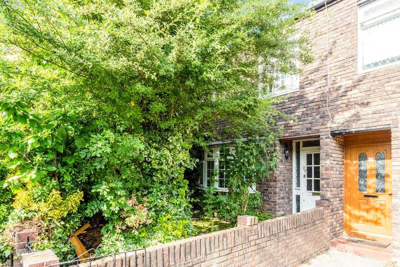 4 Bedrooms Semi Detached House for sale in Arabella Drive, London, SW15