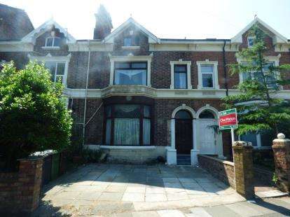6 Bedrooms Terraced House for sale in Walmer Road, Waterloo, Liverpool, L22
