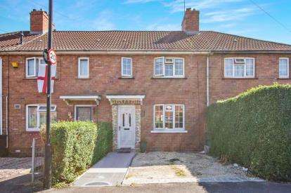 3 Bedrooms Terraced House for sale in Holton Road, Bristol, Somerset