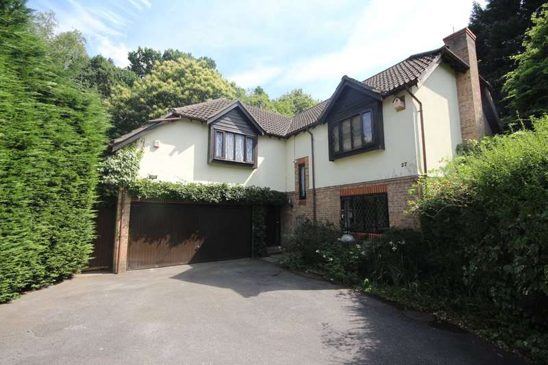 5 Bedrooms Detached House for sale in Sandford Down, Bracknell