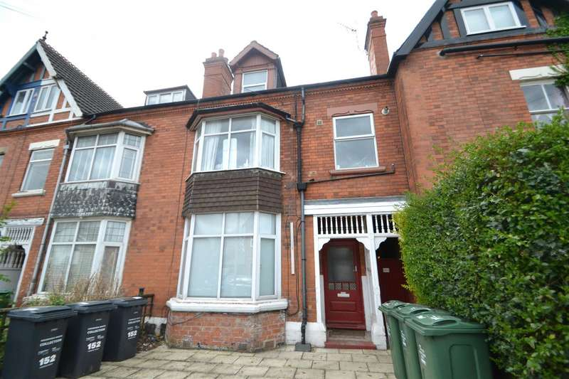 4 Bedrooms Town House for sale in Herrick Road, Loughborough