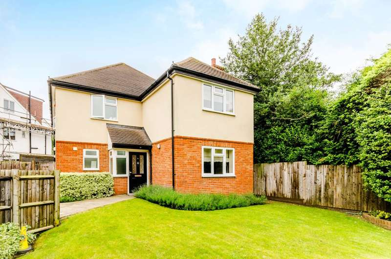 4 Bedrooms Detached House for sale in Carshalton, Carshalton, SM5
