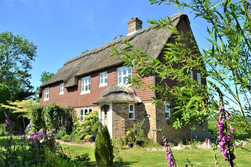 3 Bedrooms Detached House for sale in Broad Street, Icklesham, Winchelsea, Rye TN36