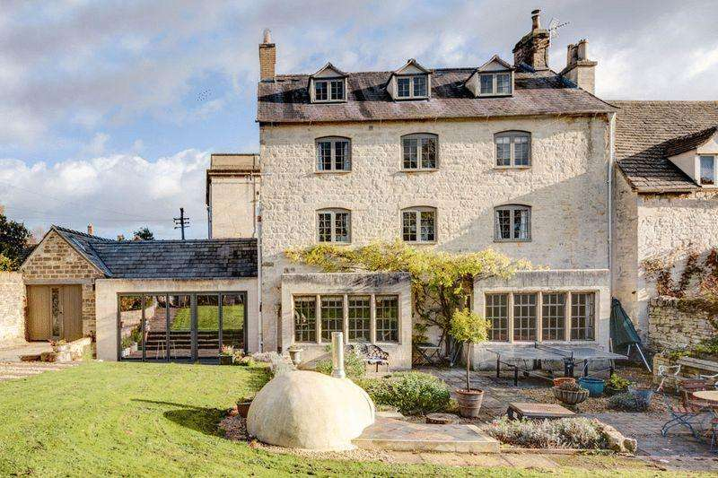 6 Bedrooms Semi Detached House for sale in Gloucester Street, Painswick
