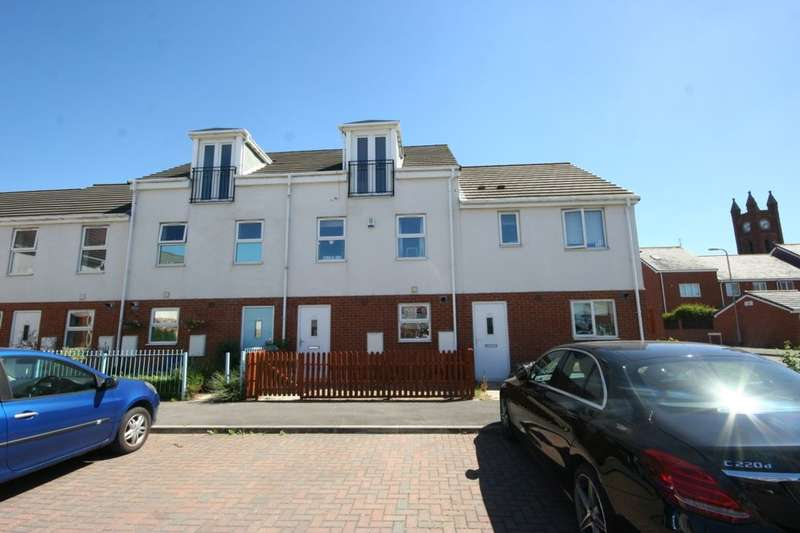 3 Bedrooms Terraced House for sale in Kildale Court, North Ormesby, Middlesbrough, TS3