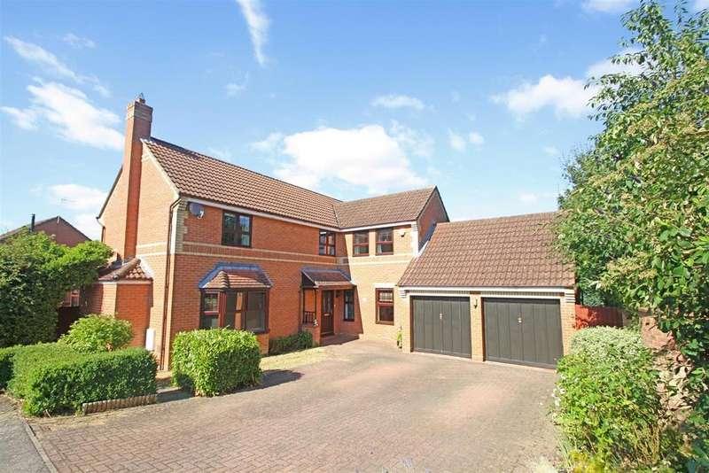 4 Bedrooms Detached House for sale in Protheroe Field, Old Farm Park, Milton Keynes