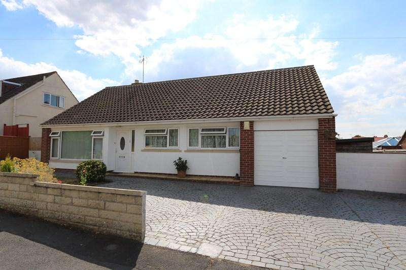 3 Bedrooms Detached Bungalow for sale in Golf Club Lane, Saltford, Bristol