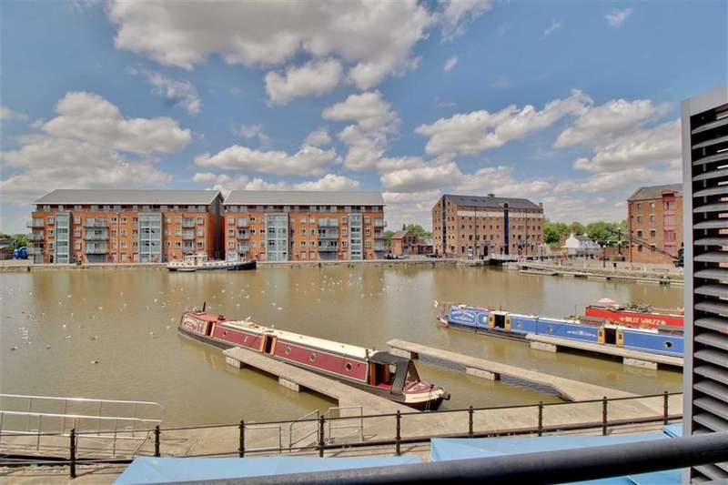 1 Bedroom Apartment Flat for sale in Merchants Quay, Gloucester Docks