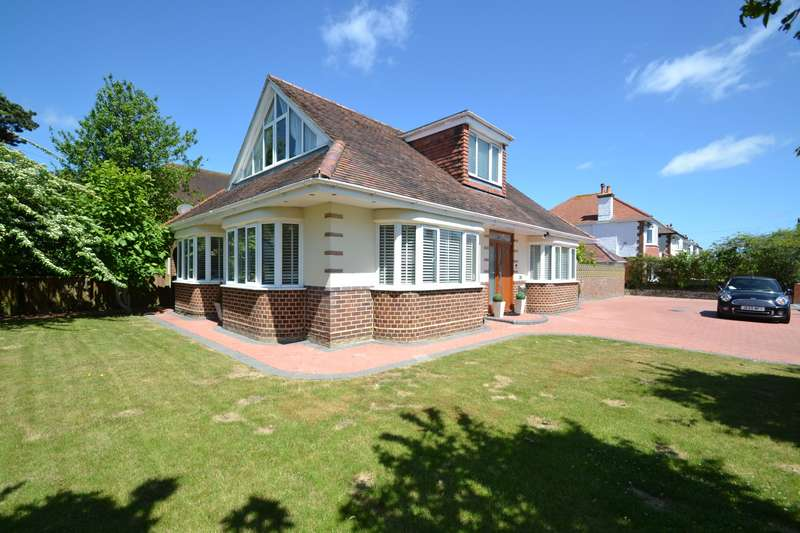 3 Bedrooms Detached House for sale in Hengistbury Head