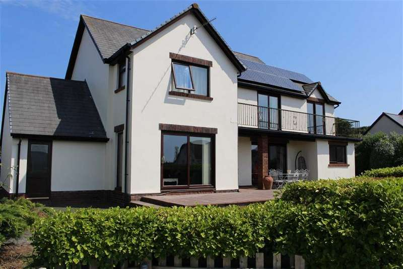 4 Bedrooms Detached House for sale in Barnlake Point, Burton, Milford Haven