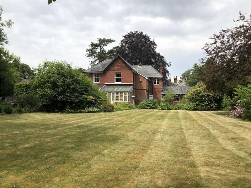 5 Bedrooms Detached House for sale in Christchurch Road, Winchester, Hampshire, SO23