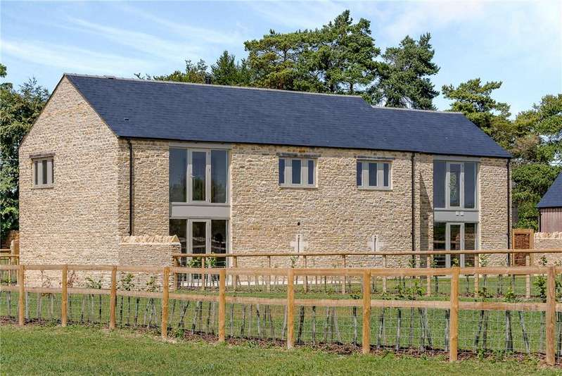 5 Bedrooms Detached House for sale in Signet Hill Barns, Westwell, Burford, Oxfordshire, OX18