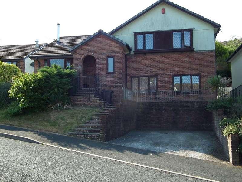 3 Bedrooms Detached House for sale in Bodrigan Road, East Looe, Looe PL13