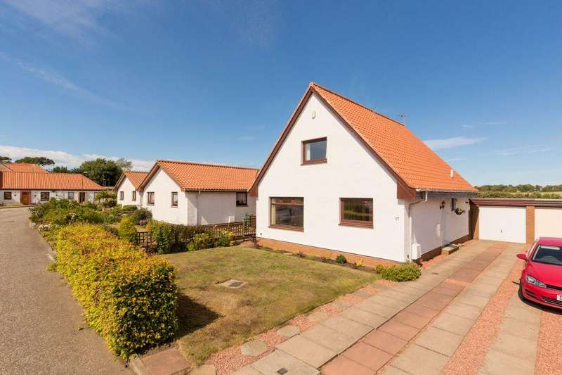 4 Bedrooms Detached House for sale in 17 Fentoun Gait, Gullane, East Lothian, EH31 2EJ