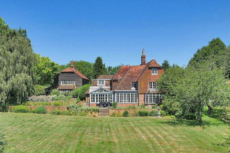 5 Bedrooms Detached House for sale in Cranbrook Road, Goudhurst, Kent, TN17 2NX