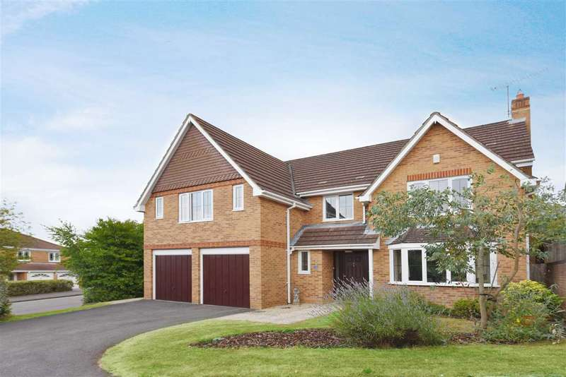 5 Bedrooms Detached House for sale in LEAFY LANE, WHITELEY