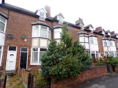 4 Bedrooms Terraced House for sale in Heathland Terrace, Cale Green, Stockport, Cheshire