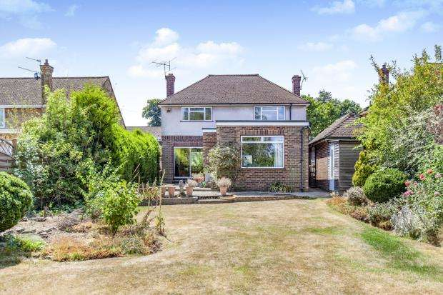 3 Bedrooms Detached House for sale in Maidenhead, Berkshire