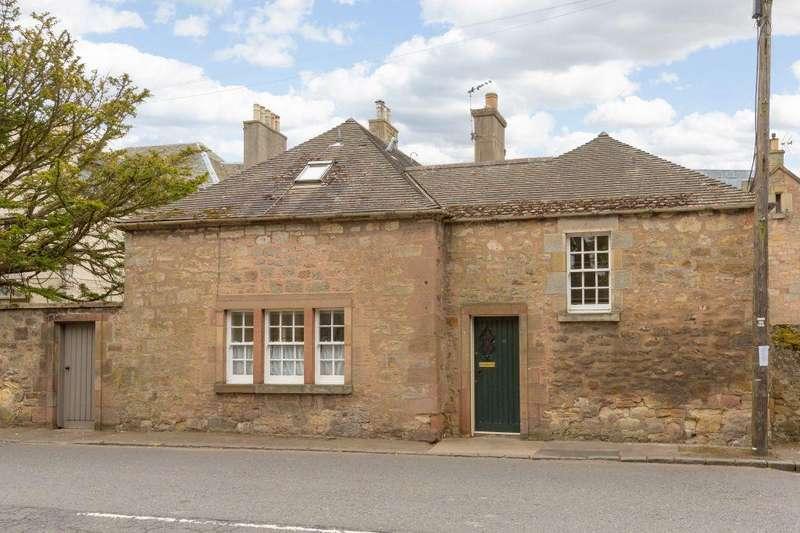 2 Bedrooms Semi Detached House for sale in Oak Lodge Cottage, 12 Inveresk Village, Inveresk, Musselburgh, East Lothian, EH21 7TE