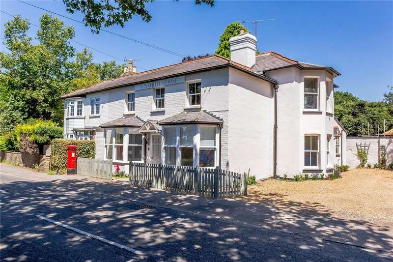 2 Bedrooms Flat for sale in Apartment 1, Winkfield House, Maidens Green, Berkshire