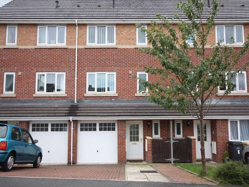 4 Bedrooms Town House for sale in Bowyer Gardens, Deane, BOLTON, Lancashire