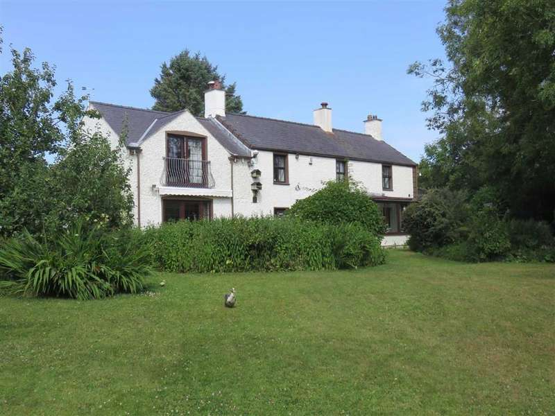 5 Bedrooms Detached House for sale in Llanddona, Anglesey