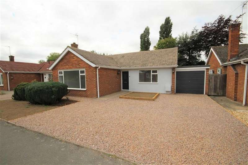 3 Bedrooms Detached Bungalow for sale in The Grove, Welton, Lincoln, Lincolnshire