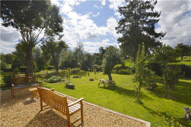 3 Bedrooms Cottage House for sale in Church Road, Tirley, GLOUCESTER, GL19 4HH